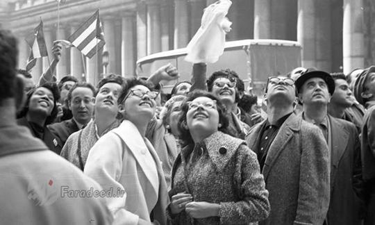 هواداران فیدل کاسترو در مقابل هتل