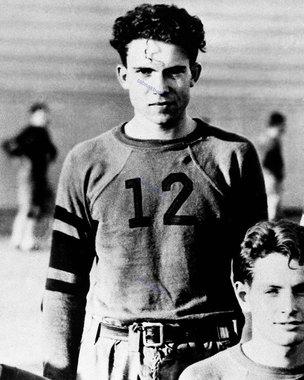 ریچارد نیکسون در 20 سالگی
