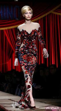 کت واک جی جی حدید به عنوان مدل برند موشینو (Moschino)