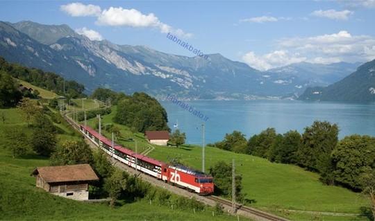 براساس گزارش واحد اطلاعات اقتصادی اکونومیست درباره استاندارد کیفیت زندگی، سوئیس بهترین و بالاترین سطح کیفیت زندگی در جهان را دارد.