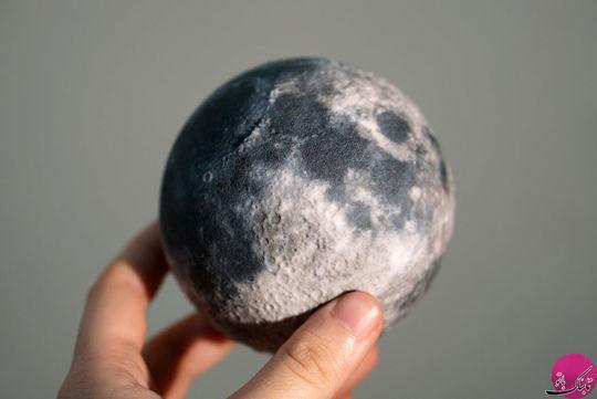 سطح کره ی ماه با جزئیات بیشتر