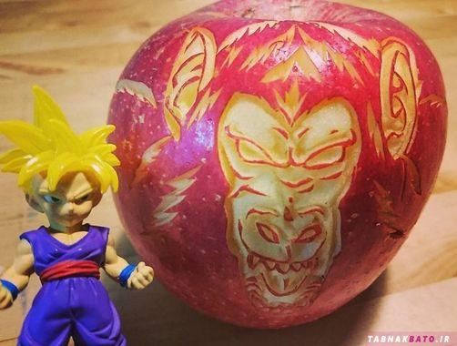 حکاکی حیرت آور هنرمند ژاپنی روی خوراکی ها