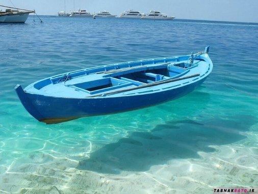 آب های زلال سواحل فیجی