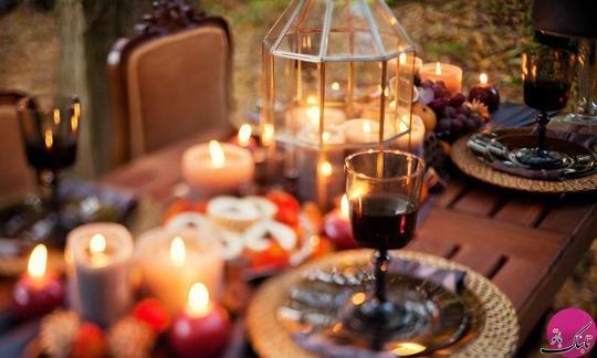 از شمع های بی بو برای تزیین سفره ی افطار خود استفاده کنید، البته شمع های معطر را می توانید در مناسبت های دیگری استفاده کنید