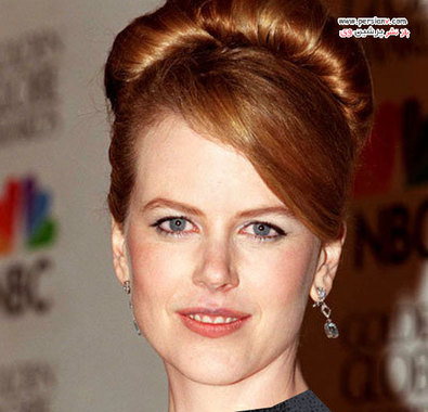 """1996 نیکول کیدمن برای بازی در فیلم """"به خاطرش مردن"""" برنده جایزه اسکار شد و در آن مراسم از یک مدل مو جمع پرتزی استفاده کرد."""