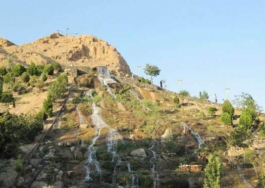 پارک آبشار شاهرودپارک آبشار شاهرود، مکانی مناسب برای استراحت و لذت بردن از طبیعت زیبا،آب و هوای مطبوع و تماشای چشماندازهای دیدنی است.