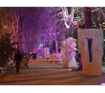 خیابان ولیعصر؛ تهران